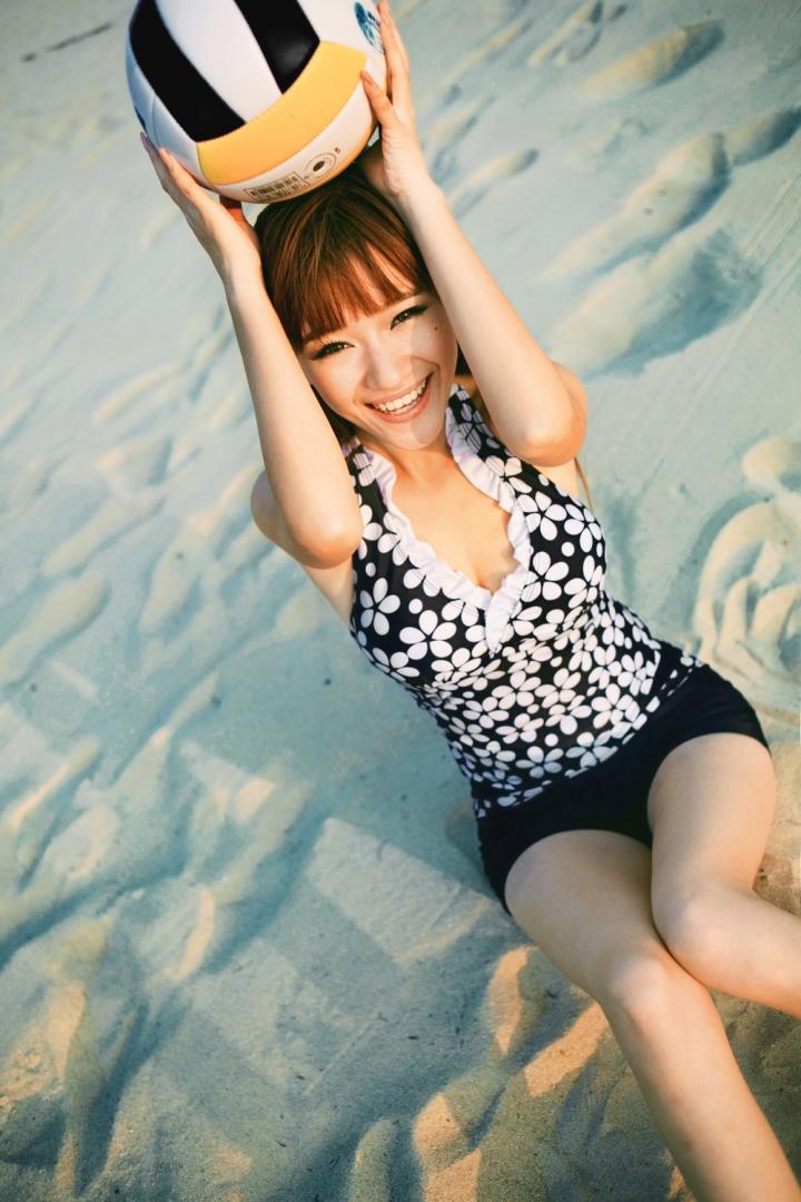 Yi Qian Beautiful Girl U.S. Super Model