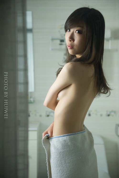 Chinese Sexy Lady so  Shapely in Bathroom